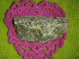 Aragoniit - töötlemata pruun aragoniit