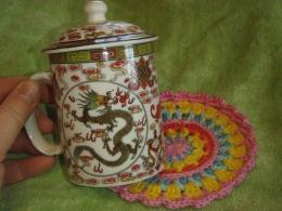 Kinkekomplekt - Draakonitega tass ja tassialus Mandala