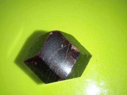 d3eb555374e Granaat - lihvitud kristall