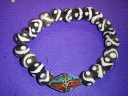 Palvehelmed - käevõru kauni Bindi helmega