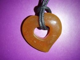 Karneool - südamekujuline ripats vahanööriga - VIIMANE