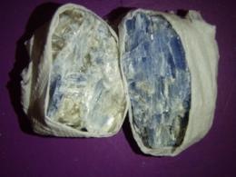 Küaniit - sinine - looduslik tükk