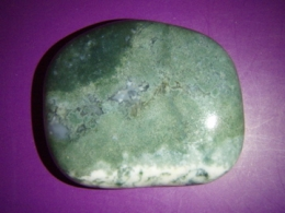 Ahhaat - roheline sammalahhaat - lihvitud
