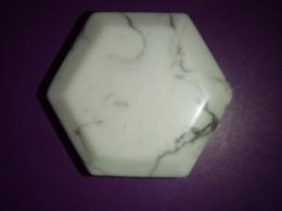 Haoliit - lihvitud puhukivi - heksagon