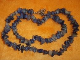Kvarts - sinine kvarts - lihvitud tsipsidest kaelakee - TALVINE ALLAHINDLUS