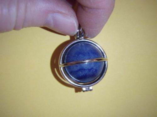 763910dcaab Kvarts - sinine kvarts - ripats - kuul hõbetatud puuris