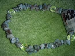 Larimar ja mäekristal - lihvitud tsipsid ja helmed - käevõru - KEVADINE ALLAHINDLUS