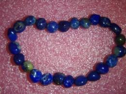 Lasuriit (Lapis Lazuli) - lihvitud kivikestest käevõru