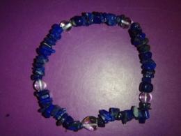 Lasuriit (Lapis Lazuli) - lasuriit ja mäekristall - tsipsidest ja helmestest käevõru