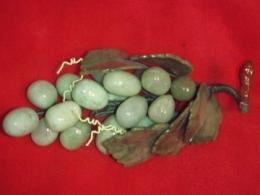 Poolvääriskividest viinamarjakobar -  fluoriit ja serpentiin - KEVADINE ALLAHINDLUS