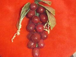 Poolvääriskividest viinamarjakobar -  fluoriit ja serpentiin