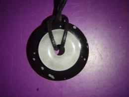 Erinevad poolvääriskivid - ripats - obsidiaan ja roosa kvarts