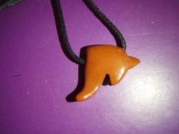 Jaspis - punane jaspis - ripats - Delfiin