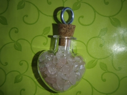 Roosa kvarts -  roosa kvartsi killukesed pudelis - UUS