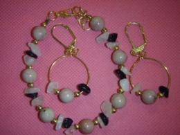 Erinevad poolvääriskivid - roosa kvarts, rodoniit, obsidiaan - komplekt