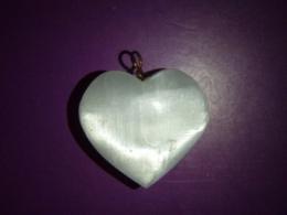 Seleniit - imekaunis süda - ripats