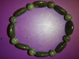 Serpentiin - roheline ussinahk - käevõru