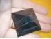 Šungiit - lihvitud püramiid - külg ca 4 cm - SOODUSPAKKUMINE - VIIMANE