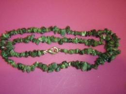 Smaragd - tsipsidest kaelakee - VIIMANE