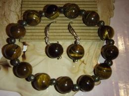 Tiigrisilm - kuldne tiigrisilm - komplekt - helmestest käevõru ja kõrvarõngad - ALLAHINDLUS