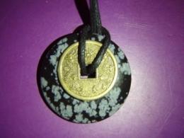 Obsidiaan - lumiobsidiaan - ripats - taevaketas Hiina õnnemündiga
