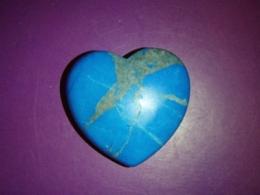 Türkiis-haoliit - lihvitud - süda